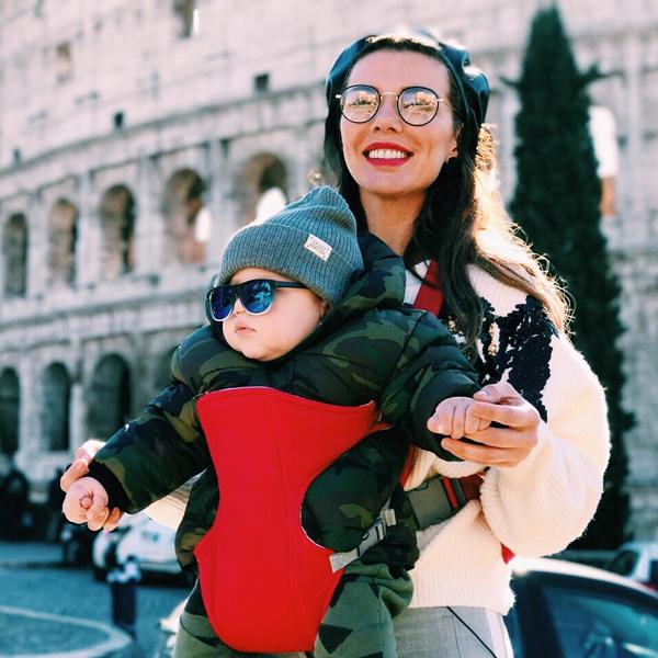 Годовалый Гектор уже побывал с мамой в нескольких странах