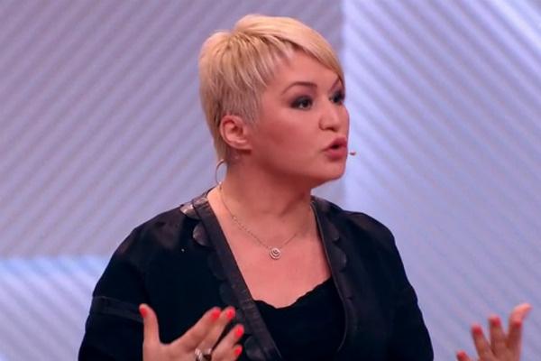 Катя Лель беседовала с Олегом в конце мая