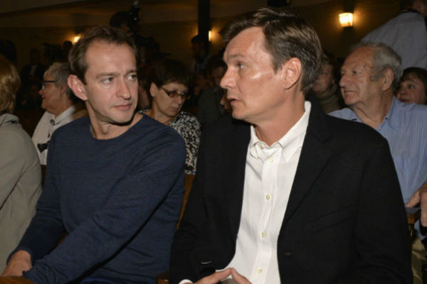 Константин Хабенский и Филипп Янковский на сборе труппы в МХТ им. Чехова 2 сентября 2015 года