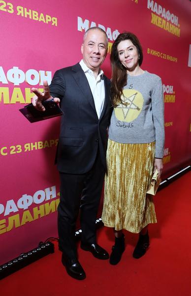 Аркадий Новиков с женой Надеждой Адвокатовой
