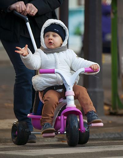 Каждый обязан соблюдать правила дорожного движения, не так ли?