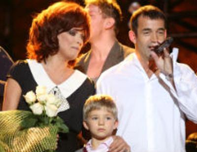 Дмитрий Певцов и Ольга Дроздова показали подрастающего сына