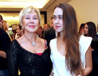 Любовь Успенская готовится к знакомству с будущим зятем