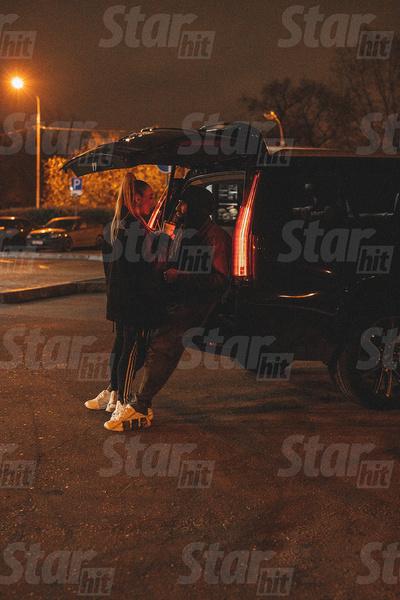 Застукали! Мари Краймбрери сняли на прогулке с HammAli — фото