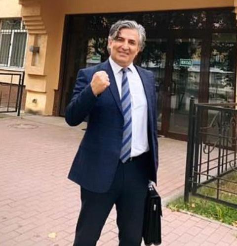 Облитый фекалиями Эльман Пашаев подрался с хулиганом — видео