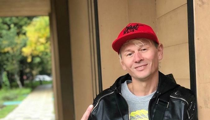 Алкоголизм, алименты и новая семья: как живет солист «Отпетых мошенников» Гарик Богомазов