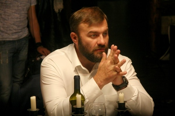 Михаил Пореченков на съемках фильма «Тень»