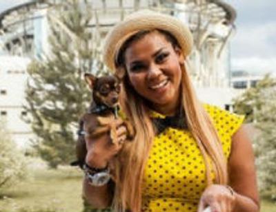Корнелия Манго отметит день рождения собаки в ресторане