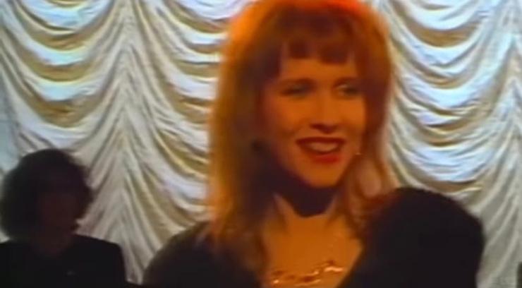 Кадр из клипа «Бухгалтер»
