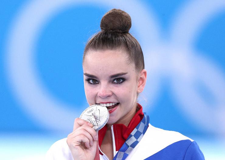 По мнению экспертов, Дина выступила сильнее, чем израильская гимнастка