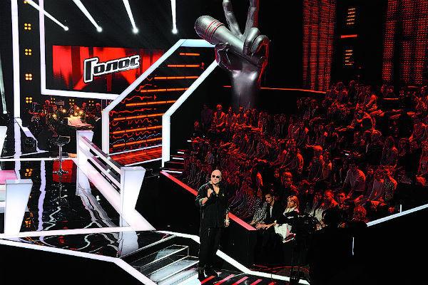 Ведущий шоу Дмитрий Нагиев