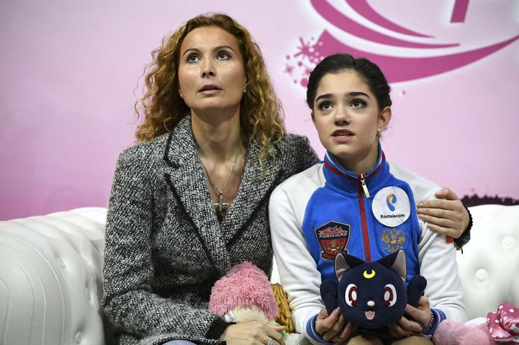 Этери Тутберидзе сделала Медведеву чемпионкой