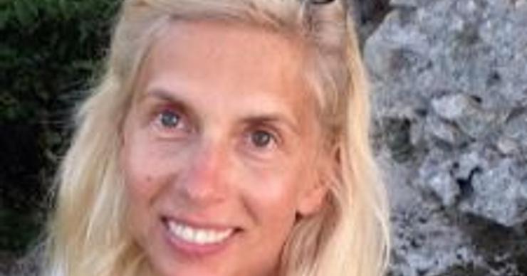 53-летняя Алена Свиридова удивила фигурой в бикини