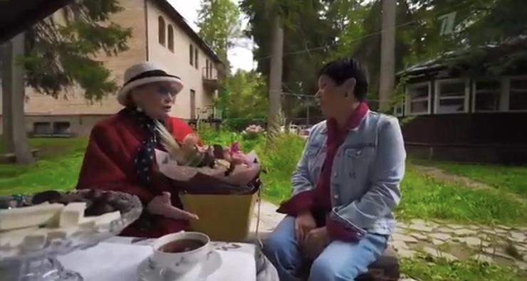 Наталья Барбье внимательно выслушала пожелания Хитяевой