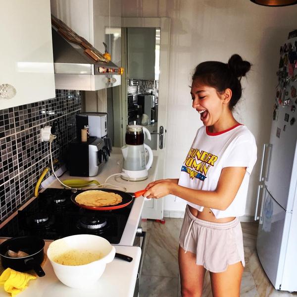 Кухня в доме актрисы