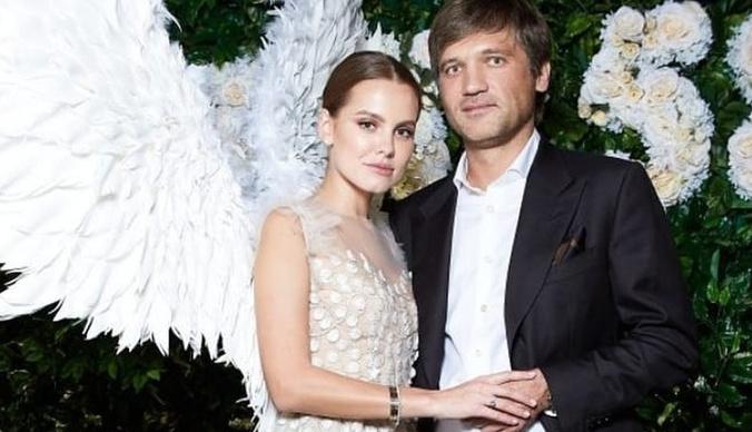 Дарья Клюкина и топ-менеджер «Газпром-Медиа» сыграли свадьбу на озере Комо