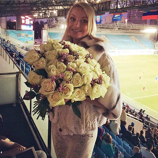 Присутствие Анастасии на товарищеской игре России и Азербайджана принесло Кержакову удачу – он забил два гола