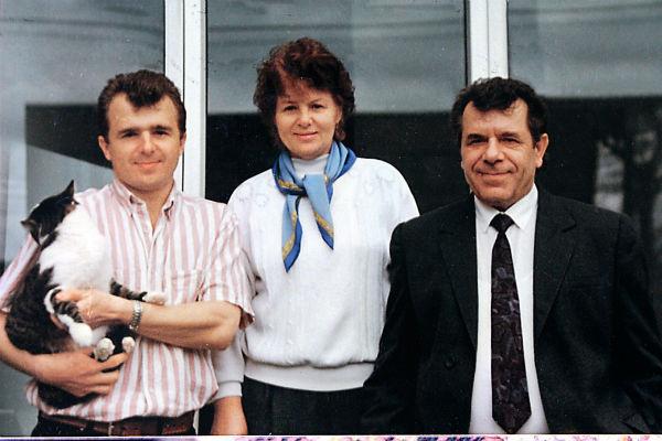 Брат артиста Маркс с женой и сыном