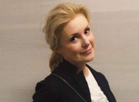 Новый отец внука Марии Шукшиной выпрашивает деньги на наркотики