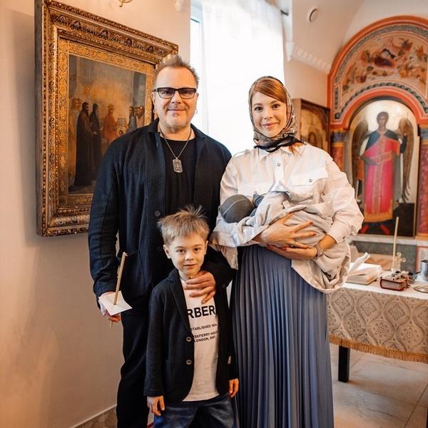 Владимир Пресняков во всем поддерживает жену