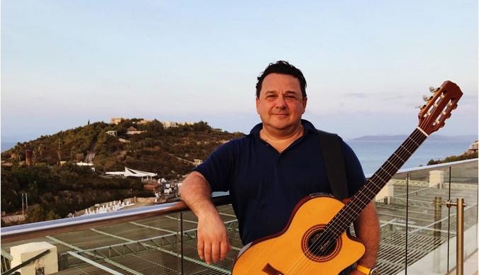 Саруханов уладил скандал о плагиате с песней Пугачевой