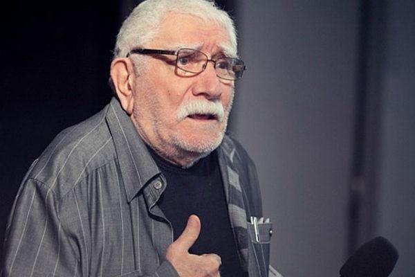 Армен Джигарханян руководит театром с 1996 года