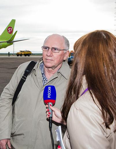 Валерий Баринов дает интервью