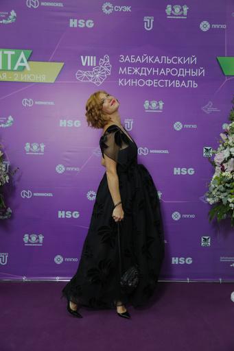 Елена Бирюкова