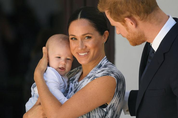 Сын принца Гарри унаследовал его цвет волос