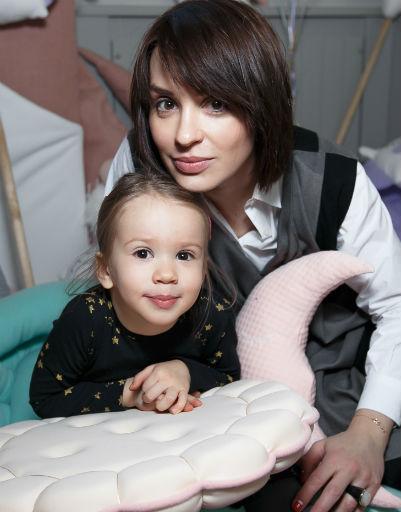 Ирина Муромцева с дочкой Сашенькой