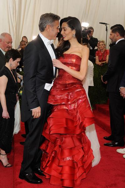 Сестру Амаль Клуни приговорили к тюремному сроку в Сингапуре