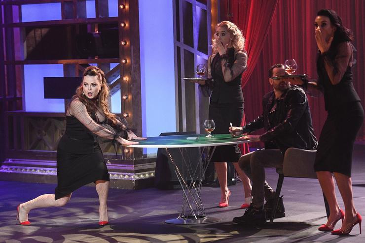 На шоу звезда пришла в качестве эксперимента над собой
