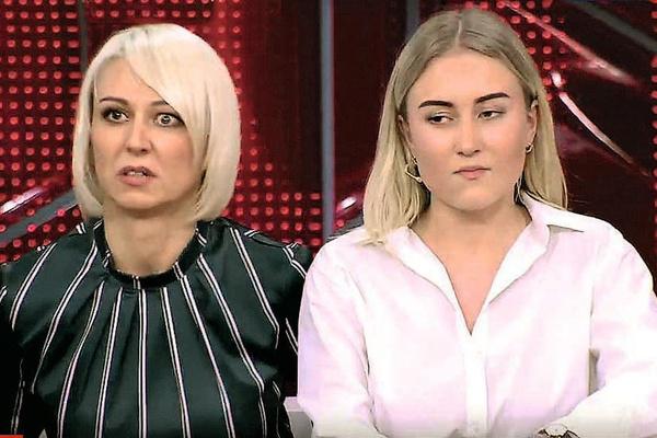 Юлия не против, чтобы Варя общалась с отцом. Однако Игорь не хочет встречаться с наследницей