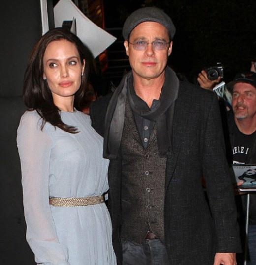 Джоли и Питт развелись два года назад