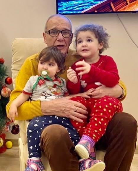 Эммануил Виторган с дочерьми Этель и Кларой