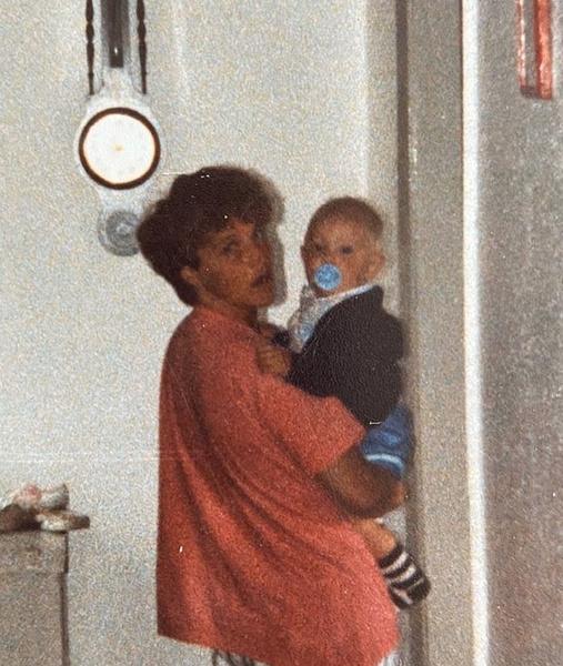 Тетя Энн много помогала племяннику