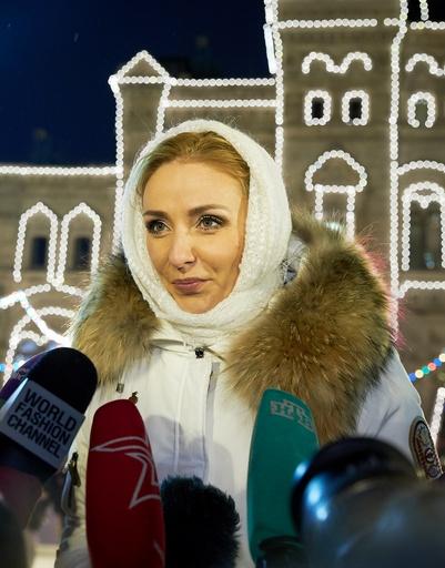 Татьяна Навка отвечает на вопросы журналистов