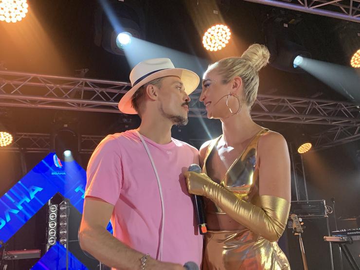 Новости: Поцелуи Бузовой и Билана, танцы Пелагеи и Долиной, сюрприз от Шатунова: afterparty «Новой Волны» – фото №15