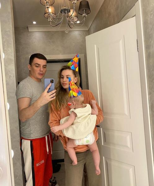 «Еще один ребенок останется без отца»: Рита Агибалова о разводе Кузина и Артемовой