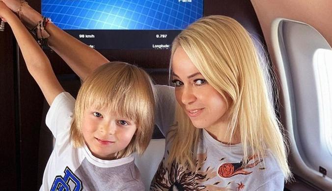 Яна Рудковская и Евгений Плющенко обратились в полицию из-за угроз сыну