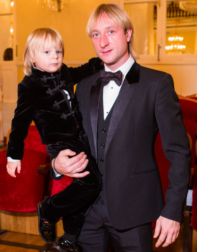 Евгений Плющенко и маленький Гном Гномыч